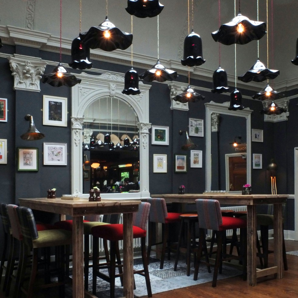 pub interior design – ReliCreation – furniture & kitchens